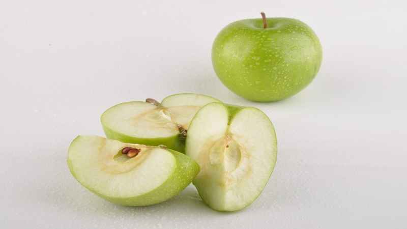 Cara Menganggulangi Hama dan Penyakit pada Apel