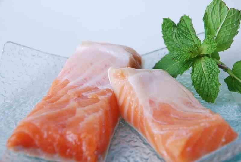 Ikan Salmon Turunkan Risiko Serangan Jantung