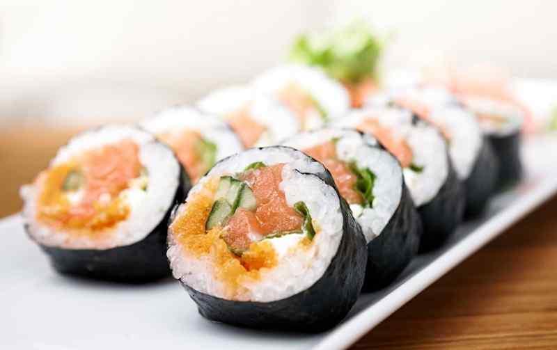 Anda Penyuka Sushi? Ini Tips Mudah Membuatnya