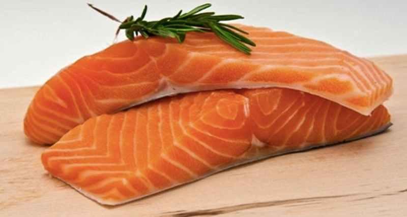 sering-mengonsusmsi-minyak-ikan-salmon-berarti-anda-beruntung