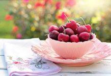 buah ceri manis