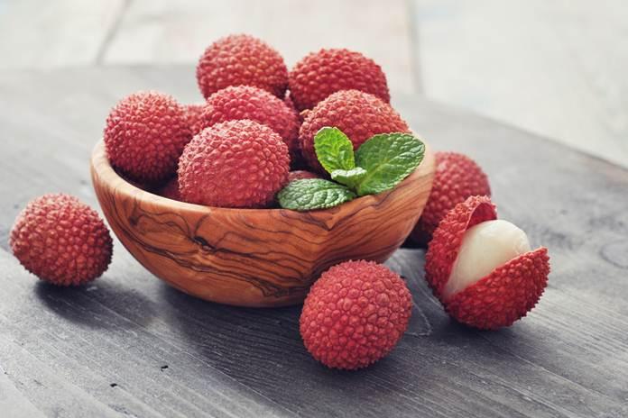buah leci