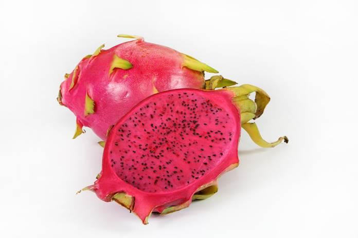 kulit buah naga merah