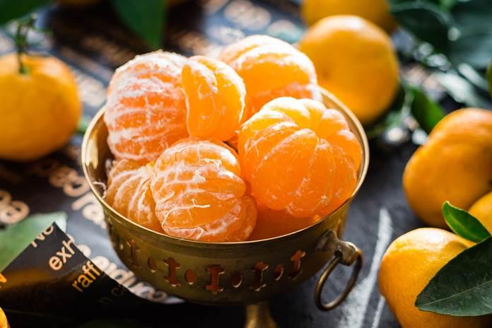 serabut putih jeruk