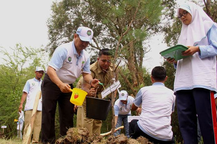 revitalisasi hutan kota kayu putih