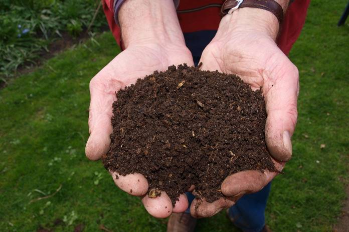 bahan alternatif kompos