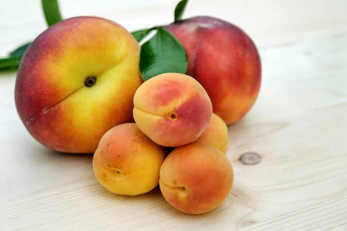 buah imlek